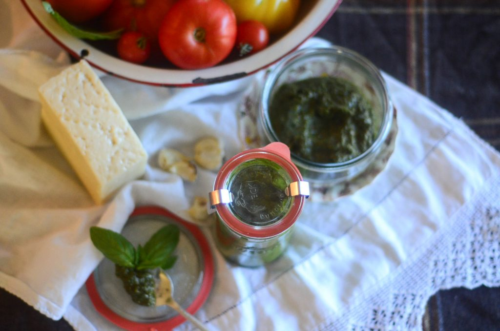 Delicious and easy homemade pesto | The Elliott Homestead (.com)