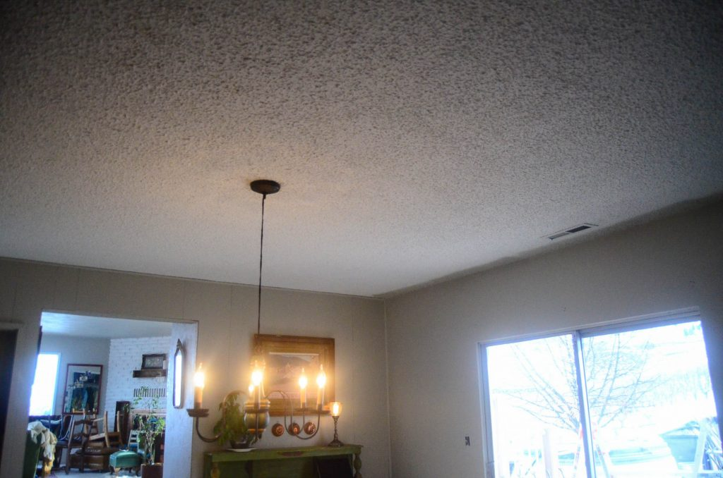 Popcorn ceiling in the dining room ready to be covered up! | The Elliott Homestead