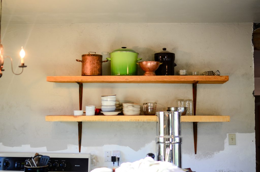 Farmhouse kitchen fir shelving