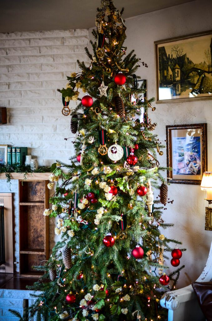 Christmas tree | The Elliott Homestead