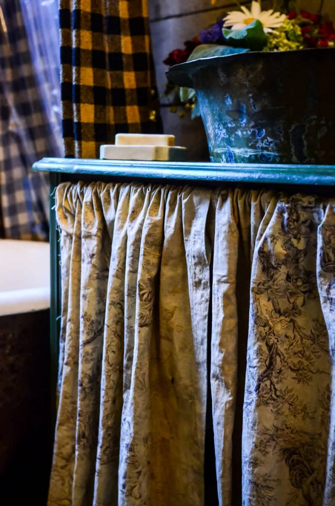 Apron skirt in the cottage bathroom | The Elliott Homestead