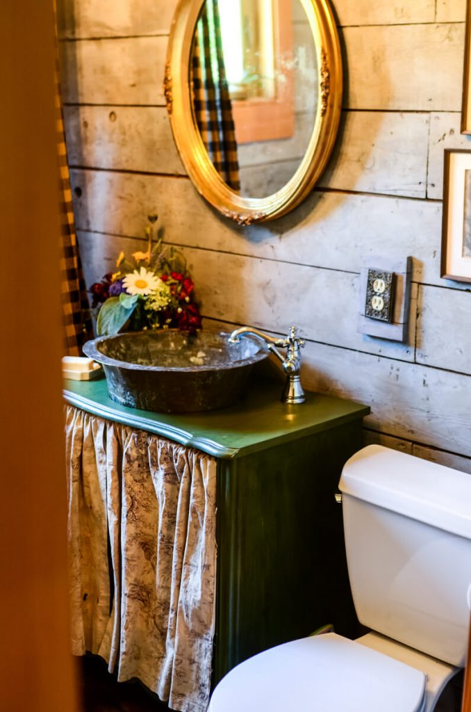 Cottage bathroom renovation | The Elliott Homestead
