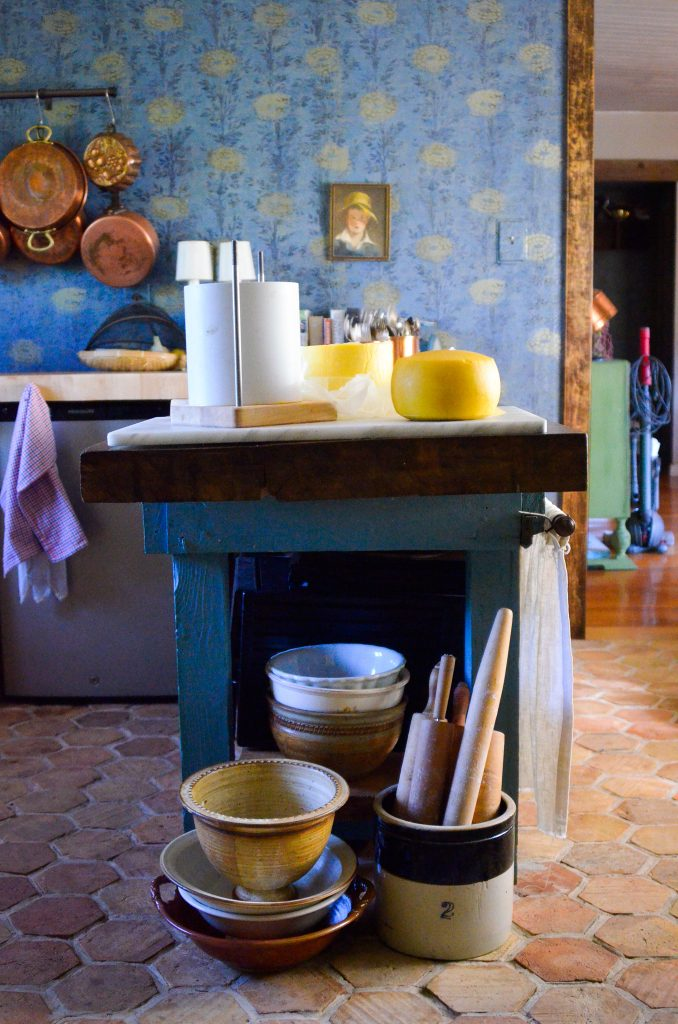 Farmhouse Kitchen Tour | The Elliott Homestead